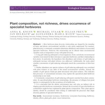 Was beeinflusst das Vorkommen von spezialisierten Herbivoren?